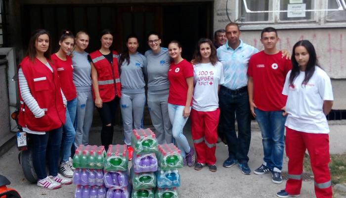 Ракометарките од Куманово донираа за поплавените