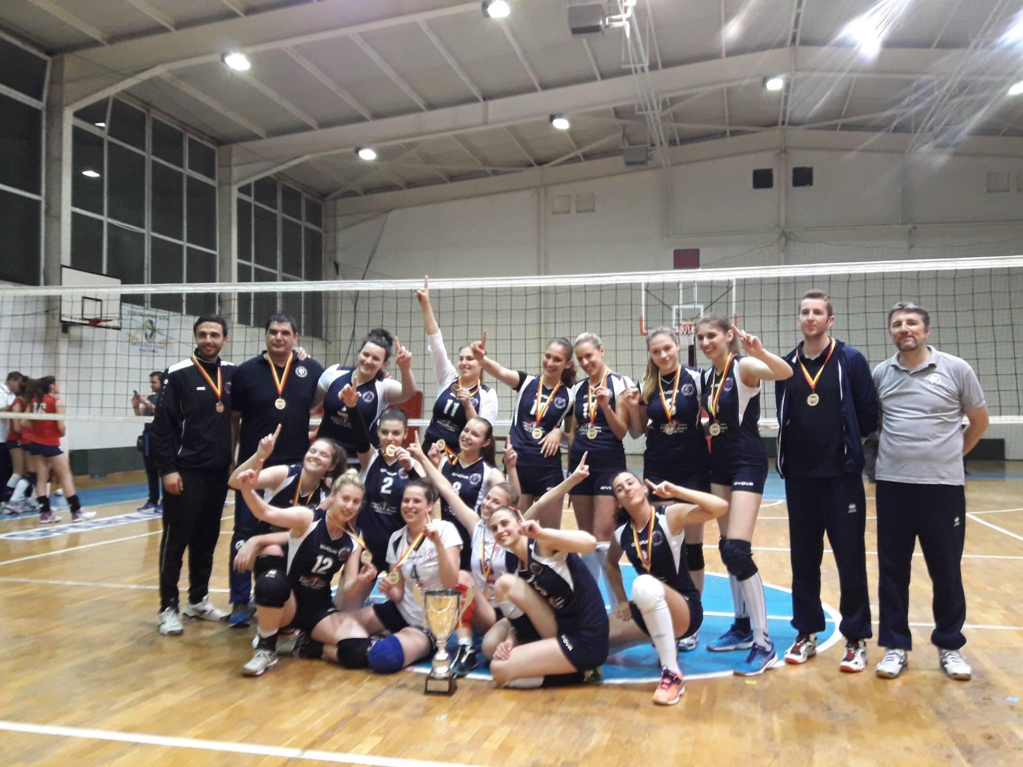 Кумановските одбојкарки државни шампионки