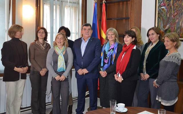 Амбасадорки и сопруги на амбасадори во посета на Кумановско