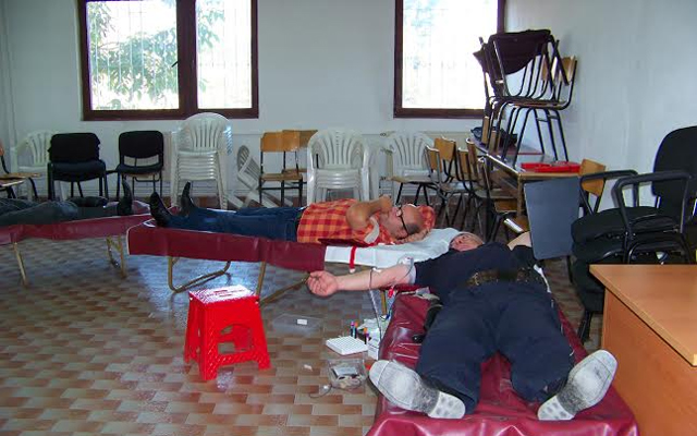 Вработените во кумановската полиција даруваа крв