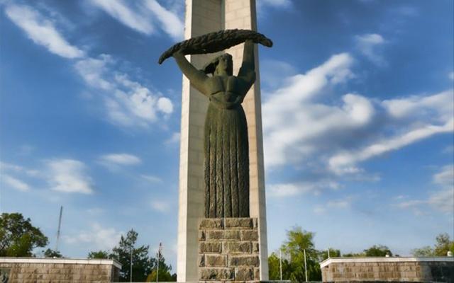 Куманово го празнува 11 Октомври
