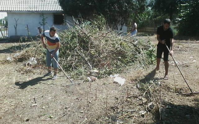 Еко акција за чистење на Градски парк и Спомен костурница