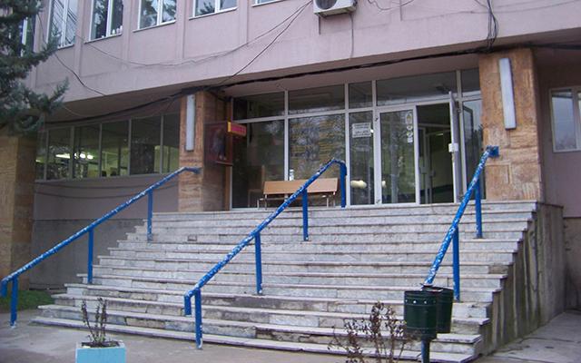 За 53 места во Кумановската болница се пријавиле 330 кандидати