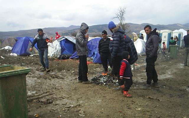 Тешко повреден мигрант во Ваксинце