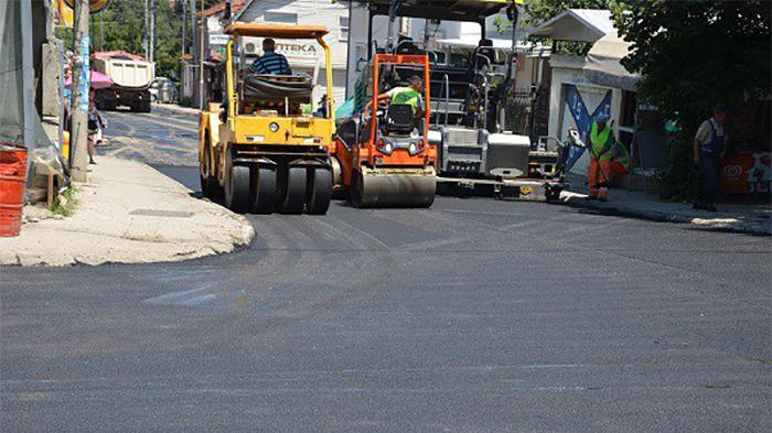 """Сообраќајот во прекин - ќе се асфалтира улицата пред """"Туш"""""""