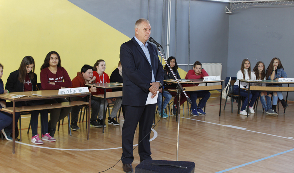 """""""Браќа Миладиновци"""" и Гимназија победници на квизот за противпожарна заштита"""