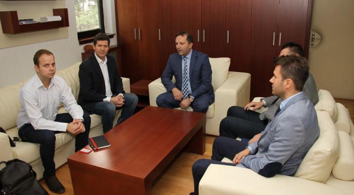 ЗНМ бара казнување на насилството против новинари