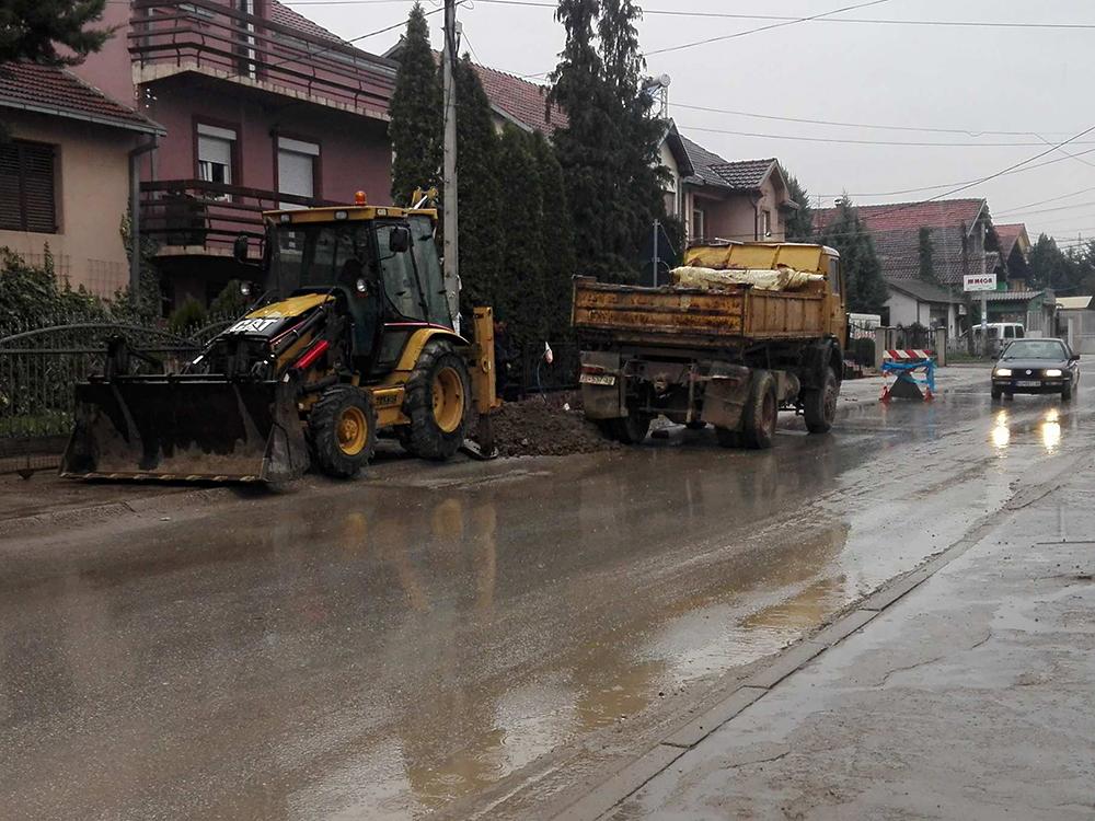 Жителите на Никола Тесла седум дена без вода, обвини ВМРО-ДПМНЕ