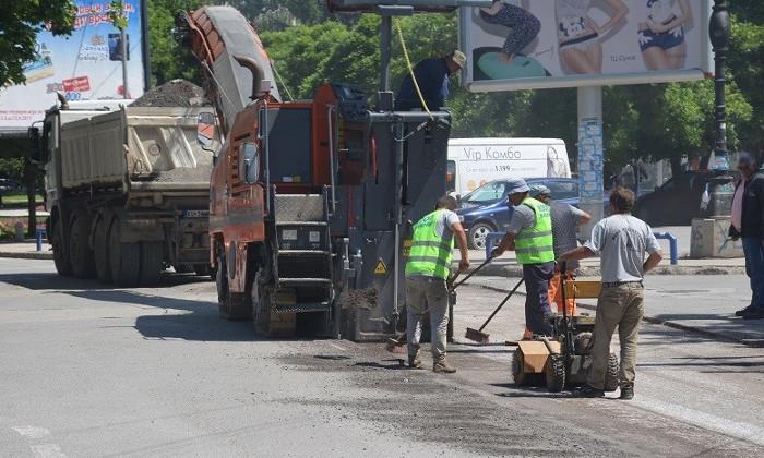 Започна реконструкција на улиците во центарот на градот