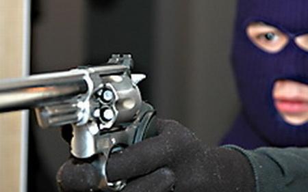 """Вооружен грабеж во обложувалницата """"Плеј Ин"""""""