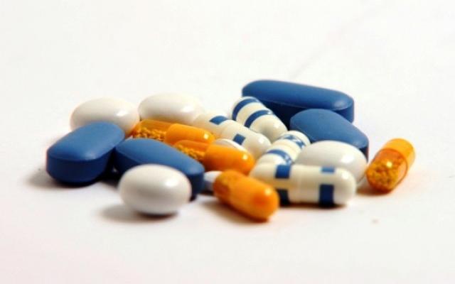 Криумчарел лекови за да ги продава во аптека
