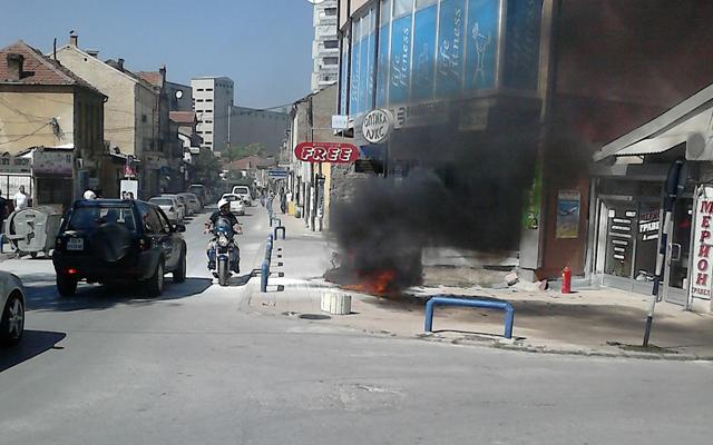 Изгоре мотор во центарот на градот