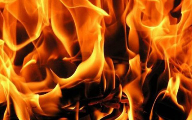 Во пожар во куќа повредена жена
