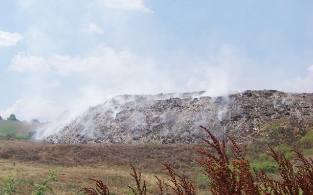 Гори депонијата во Никуштак, изгаснат само пожарот кон селото
