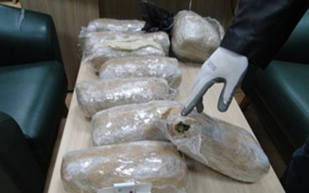 Кумановец фатен со 42 паковки марихуана