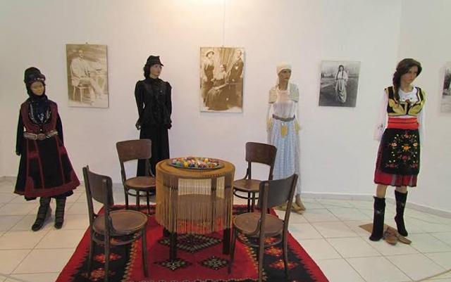 Изложба на носии од повеќе етнички заедници
