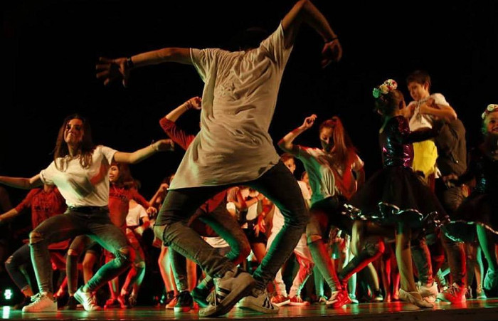 Бесплатна танцова работилница на Градскиот плоштад