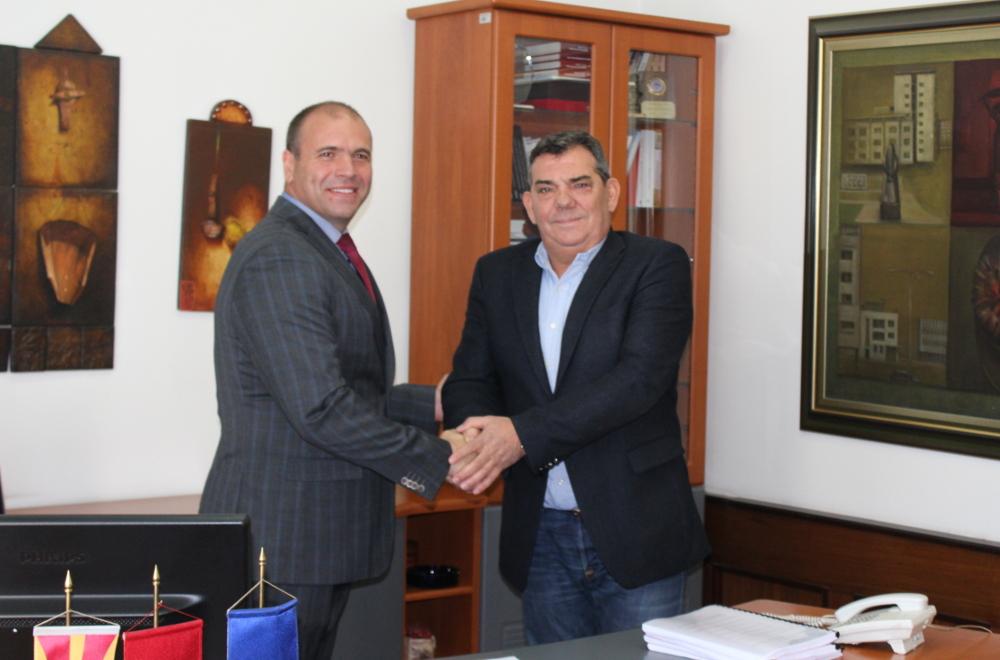 Димитриевски седна во градоначалничката фотелја