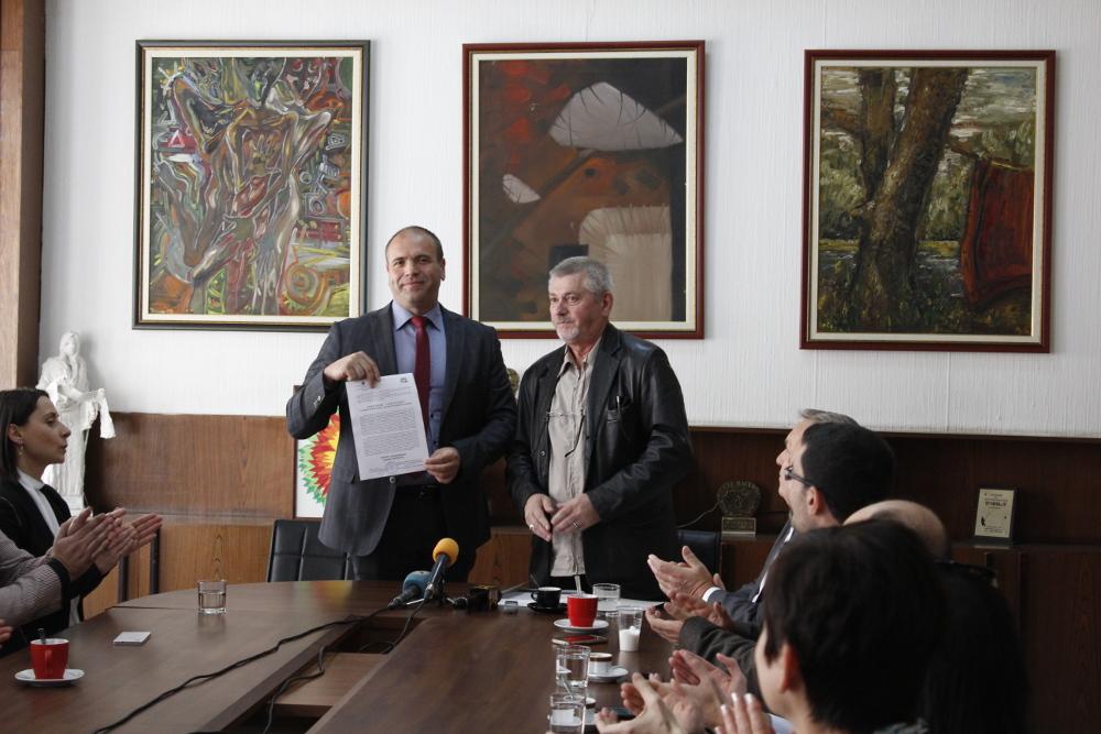 ОИК го врачи уверението за градоначалник на Димитриевски