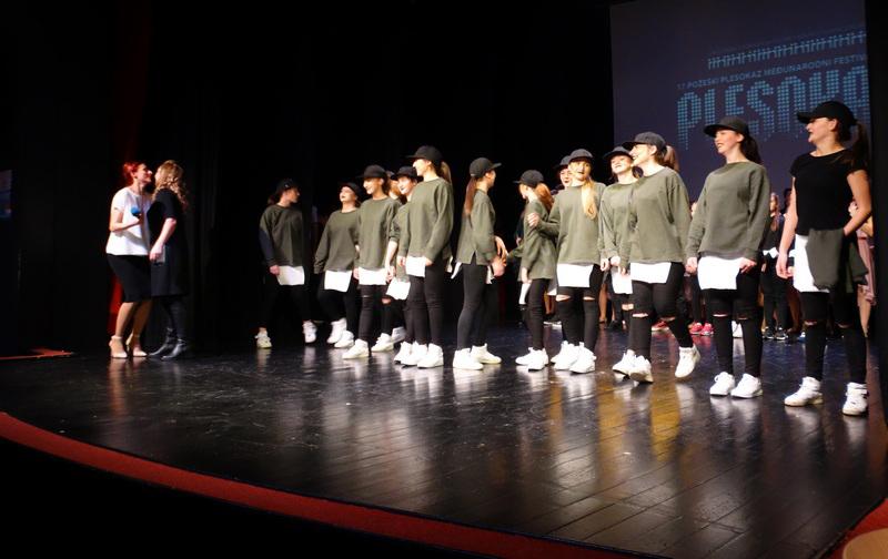 Кумановски танчери ја претставуваа државата на фестивал во Хрватска